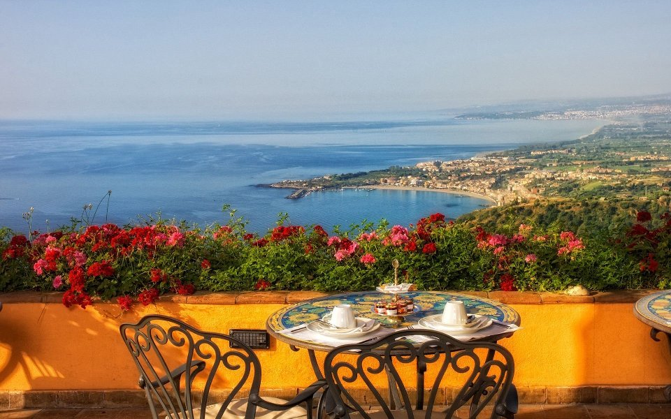 Таормина на остров Сицилия (Италия)