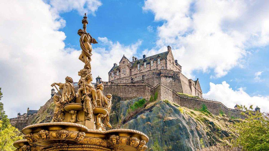 Единбургският замък
